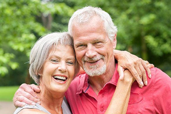 Cosmetic Dentist in Chicago   Restoring Smiles with Veneers